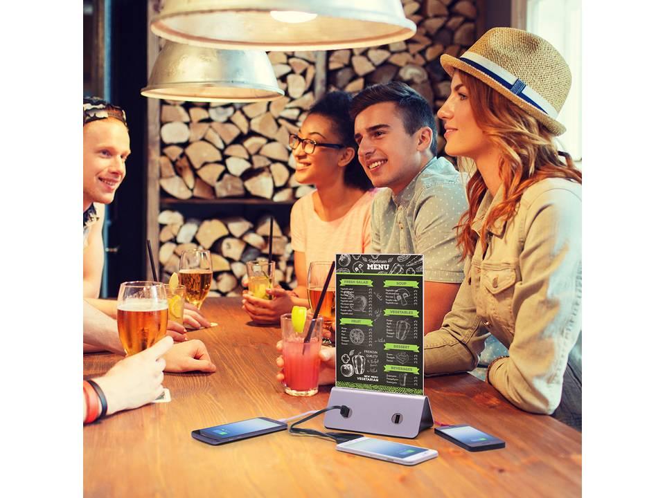 Powerbank display - 4 USB outputs - 10.000 mAh bedrukken