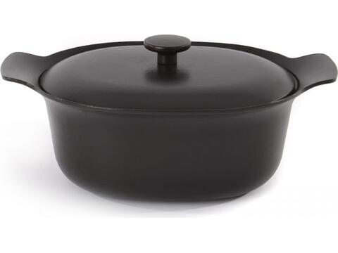 Oval covered casserole cast iron