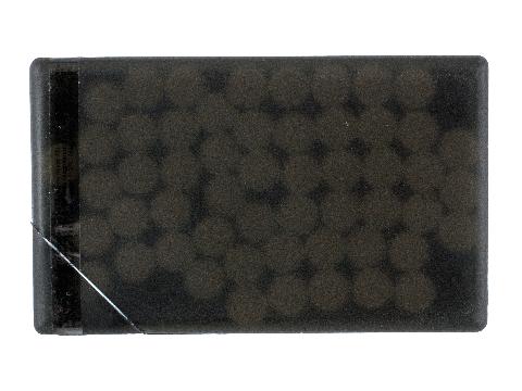 Creditkaart gevuld met muntjes