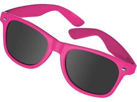Sun glasses in nerd look