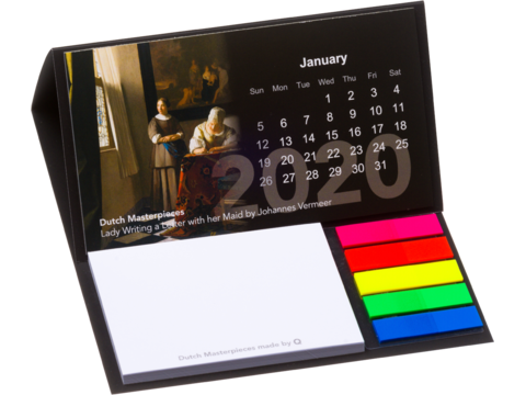 Bureau kalender met sticky notes en pagemarkers