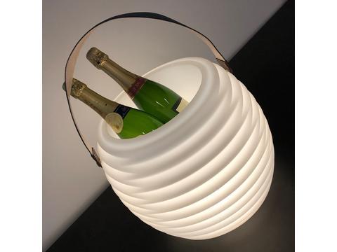 Coollux koeler lamp speaker