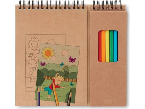 Kleurset met kleurplaten en kleurpotloden