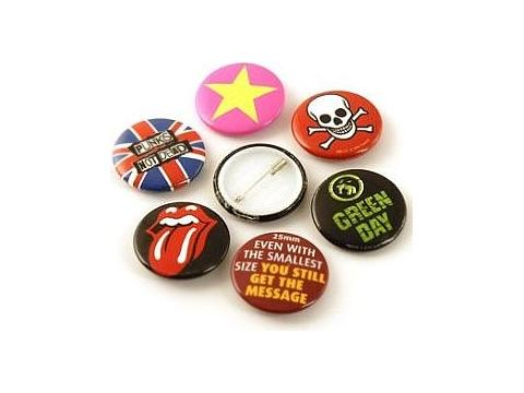 Button badges 25 mm.