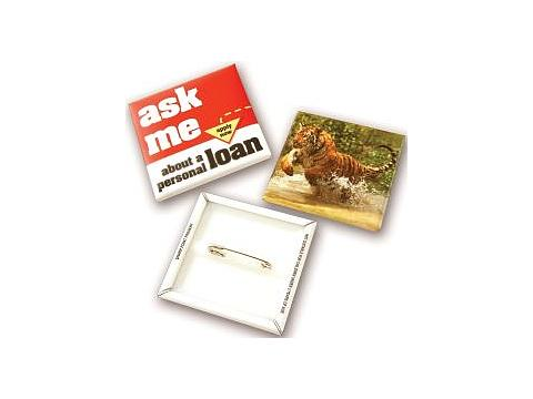 Badges disponibles 54 mm. square