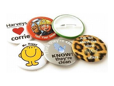 Button badges 76 mm.