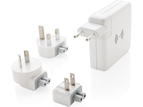 Travel adapter wireless powerbank