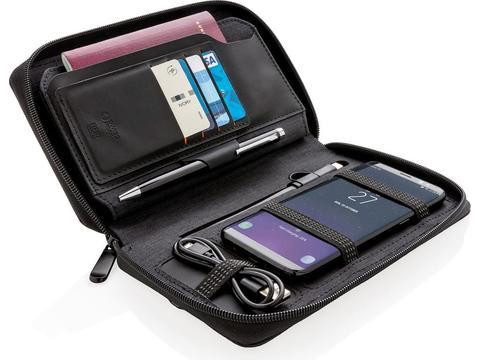 Swiss Peak modern travel wallet with wireless charging
