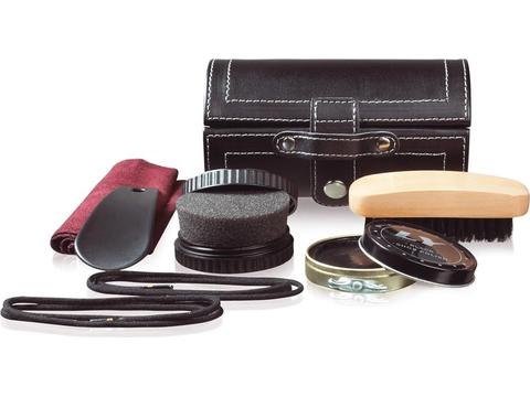 Essential shoe maintenance set