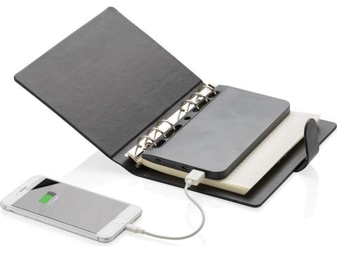 Standard notebook with detachable 4.000 mAh powerbank