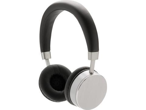 Swiss Peak wireless headphone