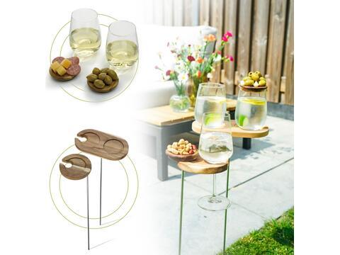 Set apéritif de jardin avec 2 verres et petits plateaux à tapas