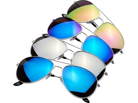 Zonnebril met gekleurde spiegelglazen
