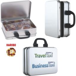 Kofferblik met Haribo colaflesjes