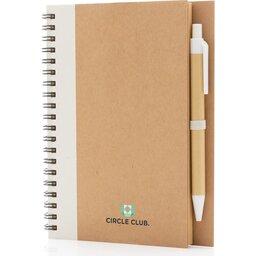 Kraft spiraal notitieboekje met pen-wit gepersonaliseerd