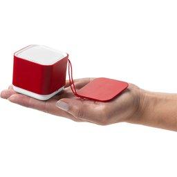 nano-bluetooth-speaker-77c4.jpg