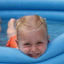 zwembadje-3aa9.jpg
