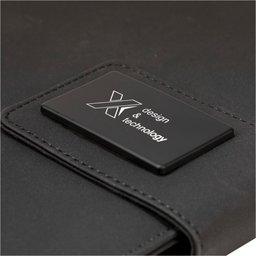 O16 A5 notitieboek met oplichtend logo-detail
